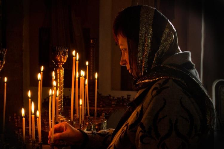 Сильные молитвы о замужестве дочери